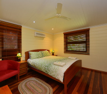 Birdwing Queen bedroom
