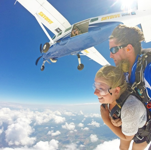 Skydiving in Cairns with Tandem Cairns
